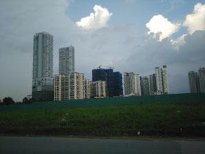 Les petits buildings en premier plan, c'est là où on habite