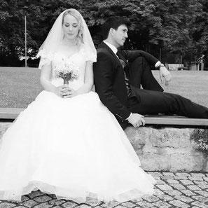 Bei Julia und Michael flossen viele Freudentränen bei ihrer freien Trauung im Palazzino in Östringen.