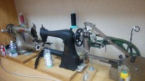 工業用ミシン3台の写真