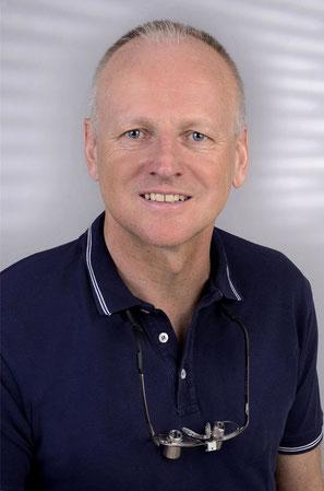 Dr. Andreas Mund, Zahnarzt in Schwalmtal, Endodontie, Zahnerhaltung, Parodontologie, Prophylaxe