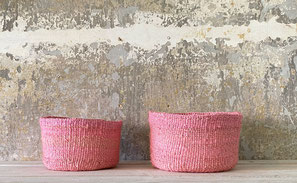 Runder Sisal Korb. Handgemacht und Fair aus Madagaskar. Rosa