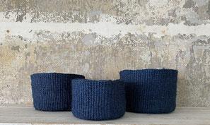 Runder Sisal Korb. Handgemacht und Fair aus Madagaskar. Blau