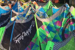 Unsere Angebote: Kitesurf-Verleih (Kites, Boards, Accessoires)