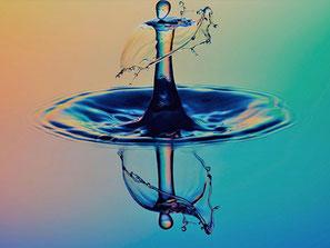 Goutte d'eau en forme de personnage, pour représenter la caméra GDV Biowell, permettant d'établir le bilan énergétique de chaque personne.
