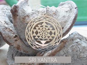 Kette mit Sri Yantra Anhänger aus Silber