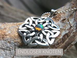 Kette mit unendlicher Knoten Symbol Anhänger