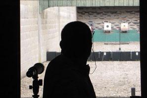 Le tir à bras franc, au pistolet, à 50 mètres est une discipline exigeante