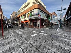 港北高校美術部壁画