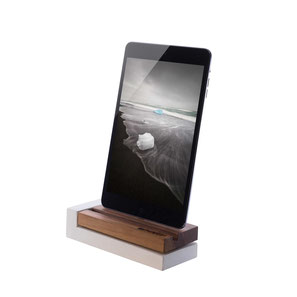 iPhone dockingstation apple, Ladestation Holz und Beton
