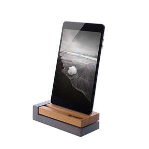 Ladestation für apple iPhone in Holz (Kirsche) und Beton