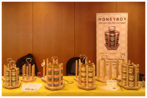 Honeyboy Honigpräsentation Verkaufsständer Hessischer Imkertag Honigverkauf