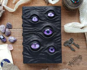 Grimoires, sorcières, cuir, yeux, terrifiants, noir, halloween, sorts, recettes, histoires