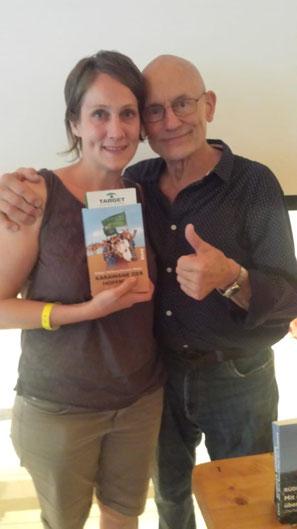 """Buch """"Karawane der Hoffnung"""" - Aktion gegen weibliche Genitalverstümmelung!"""