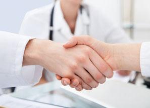 Hände schütteln Arzt