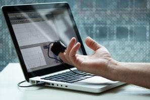 Messung der vegetativen Balance mit Hilfe der Herzraten-Variabilität (HRV) über einen Fingersensor