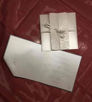 Hochzeitskarte mittig aufklappbar