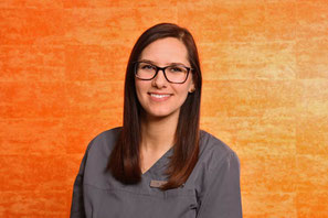 Paola Klement, Praxismanagerin in der Zahnarztpraxis Belt in Griesheim