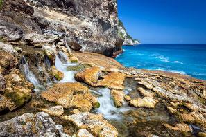 Seganing cascade et grotte à nusa penida