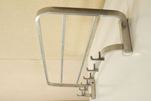 Aluminium Wandgarderobe, Hutablage. 50er, 60er Jahre | VERKAUFT/SOLD