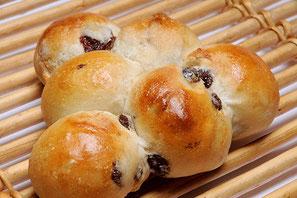 ぶどうのぶどうパン 200円
