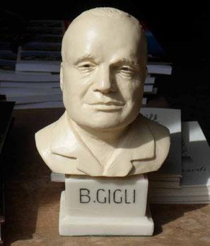Busto di Beniamino Gigli, di Edgardo Mugnoz (aprile 2015)