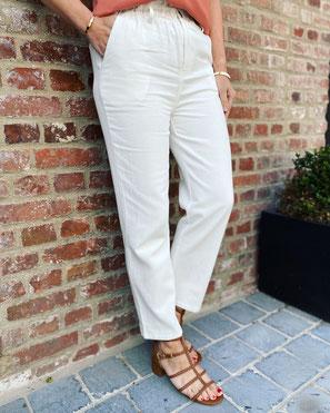 vêtement pour femme pantalon gris rayé blanc