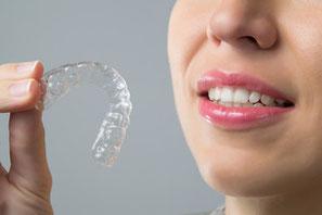 Zahnarztpraxis Domsch Schienentherapie