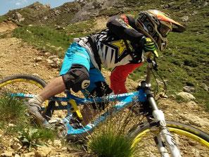 les plus beaux bike park vtt des alpes du sud ubaye durance guil sauts jump trics technique pilotage