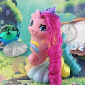 #161 Baby Sea Pony - Stripes [Rainbowcurl Series] (01-2017)