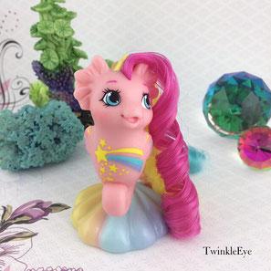 #150 Baby Sea Pony - Stripes - Rainbowcurl Series (12-2016)