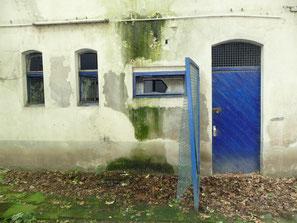 Altes Stadion, Zugang Vereinsräume, Rückseite Tribüne