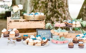 Candy Bar Sweet Table Cupcakes Macarons