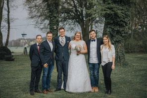 Finde ein Netzwerk aus Dienstleistern rund um deine Hochzeit