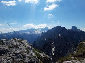 Aussicht vom Großen Donnerkogel auf den Gosaukamm und das Dachstein Massiv