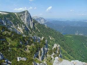 Blick auf den Alberfeldkogel vom Bledigupf Gipfel aus