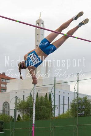 fotografia deportiva, atletismo, pértiga, tania delgado fotografia, naroa agirre