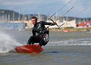 Kitesuf à Gruissan et Narbonne-Plage