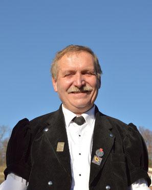 Niklaus Wäfler, Beisitzer und Materialverwalter vom Jodlerklub Blüemlisalp Scharnachtal