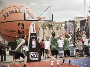 Verleih Spalding 2500 Basketballanlage