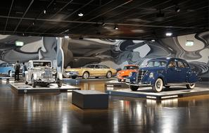 conocer y visitar museos de autos