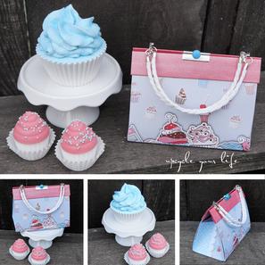 happy birthday sweetie... täschchen mit selbstgemachten seifen-cupcakes gefüllt...