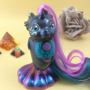 #173 OOAK Baby Sea Pony - Shiny Scarab (09-2017)