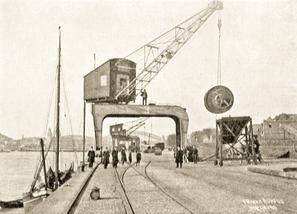 Köln Deutzer Umschlagwerft, Blick vom Land. Aus: Der Cölner Rhein- und Seehafen, Köln 1911