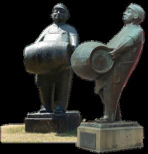 The Man with the Barrel_Dortmund Square_Leeds_copyright Jaimes Lewis Moran