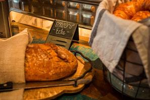 Cafe Leonardo© - Breakfast and Lunch