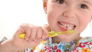 Kinderbehandlung Zahnarzt Uttenreuth
