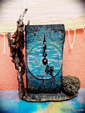 Universo, reloj madera de mar, vymcreaciones, vymcreaciones.com, driftwood art, reloj madera, madera de mar, driftwood clock