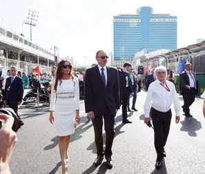Il Presidente della Repubblica Ilham Aliyev,la Frist Lady Mehriban Aliyeva e il Patron della Formula 1 Bernie Ecclestone