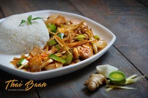 Gai Phad Khing; ; Thai Baan Neudorf; Yupin Seidel; thailändischer Kochservice; Foodtruck; Kochkurs, Thaifood, gesunde Ernährung, Restaurant