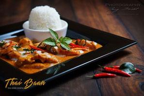 Phanaeng Gai; ; Thai Baan Neudorf; Yupin Seidel; thailändischer Kochservice; Foodtruck; Kochkurs, Thaifood, gesunde Ernährung, Restaurant